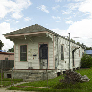 The shotgun house restored on This Old House.